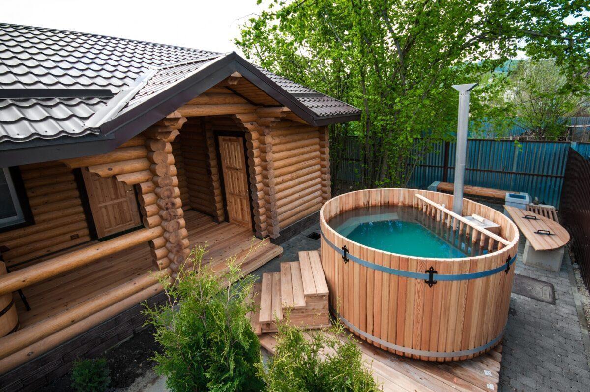 Частный дом с баней