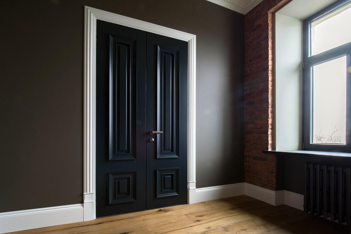 Чорні міжкімнатні двері